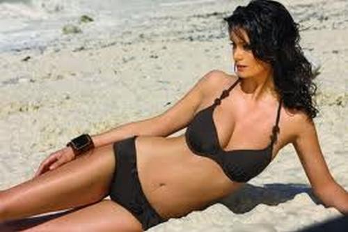 Nairobi Lingadore halter bikini