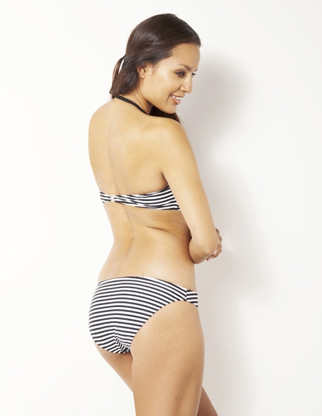 Shiwi bandeau bikini zwart gestreept.
